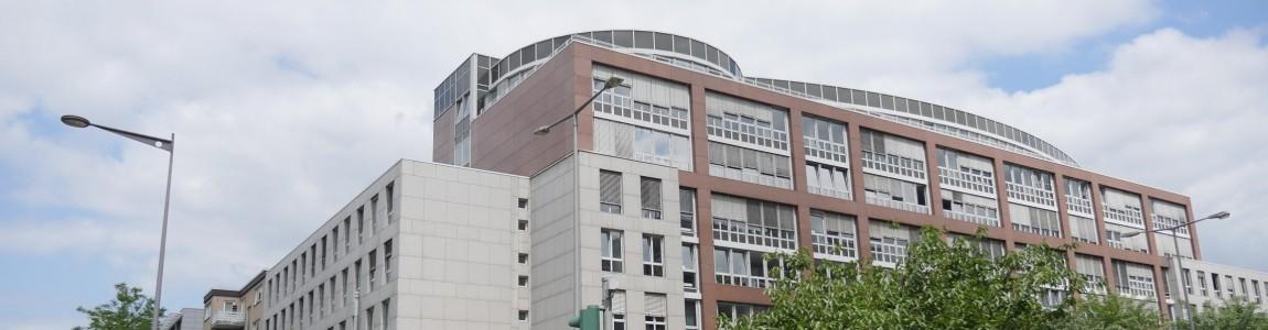 Gebäude der Zentralverwaltung von außen